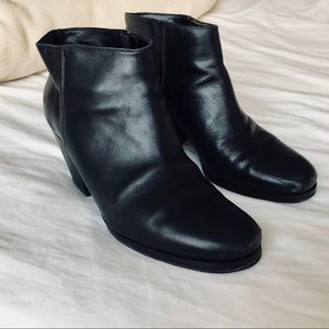Rachel Comey Mars black booties size 8.5 (true 8)